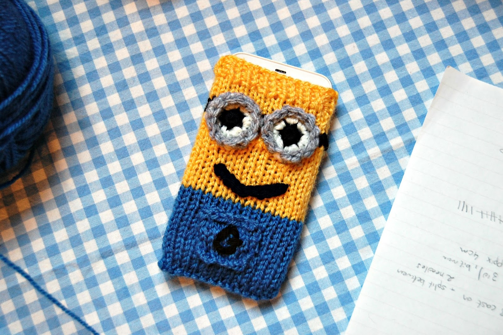 21 striking minion crochet designs minionsallday minion crochet designs dt1010fo