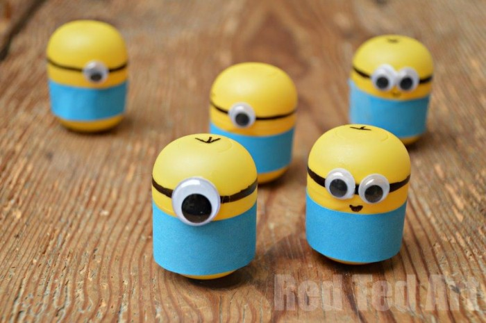 DIY minion craft ideas weeble
