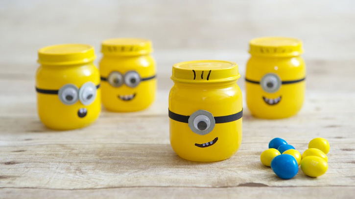 DIY minion craft ideas Favor Jar